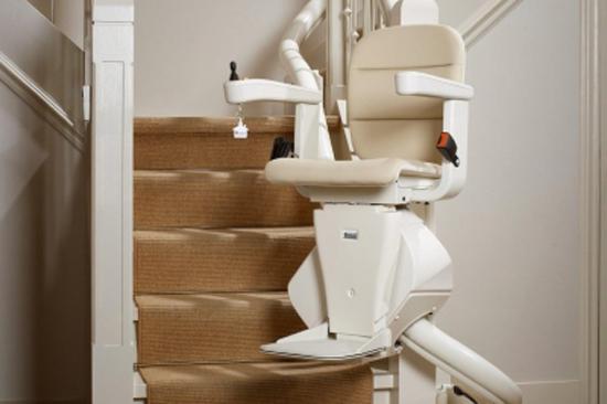 Treppenlift für Innen und Außen für  Ilmtal